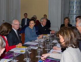 Kronprinsessan Victoria och kungen Presentation av årets Nobelpristagare