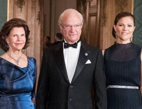 Drottning Silvia, Kungen, Kronprinsessan Victoria på Kungliga slottet