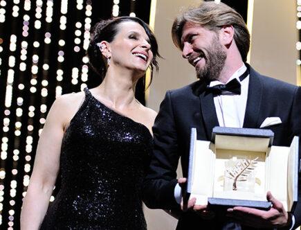Skådespelerskan Juliette Binoche och Ruben Östlund.