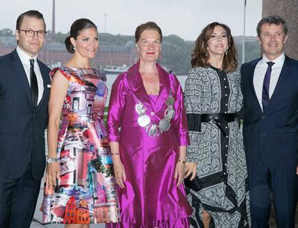 Prins Daniel, kronprinsessan Victoria, kronprinsessan Mary och kronprins Frederik