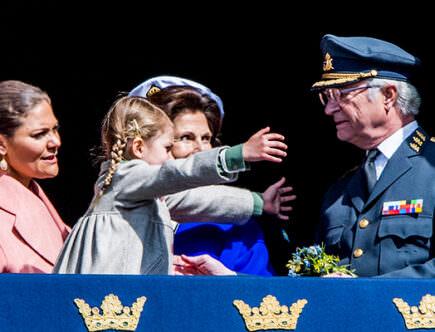Prinsessan Estelle, drottning Silvia, kungen