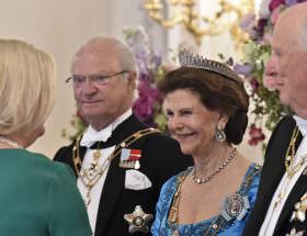 Drottning Margrethe II av Danmark, Kung Harald V och Drottning Sonja av Norge samt Islands president Guðni Thorlacius Jóhannesson med maka Eliza Jean Reid deltar också i firandet.