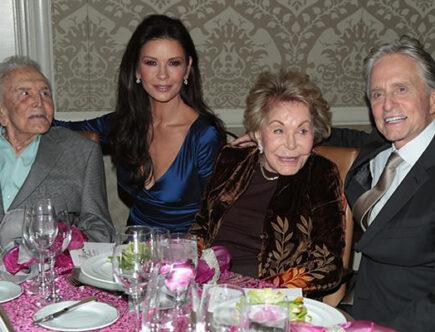 Catherine Zeta Jones, Michael Douglas, Kirk Douglas, Anne Buydens