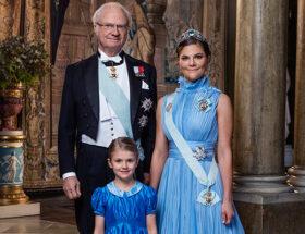 Kungen, kronprinsessan Victoria och prinsessan Estelle.