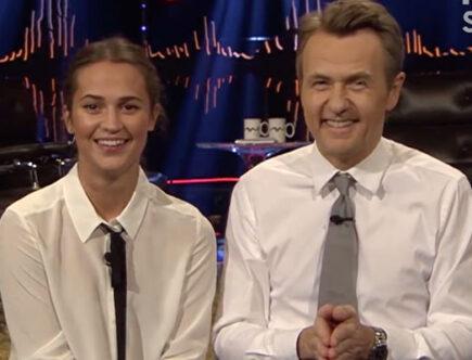 Alicia Vikander, Fredrik Skavlan