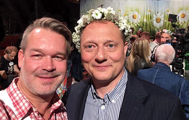 GALAs reporter Pär Jonasson med Magnus Carlson.