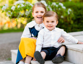 Nationaldagshälsning från prinsessan Estelle och prins Oscar.