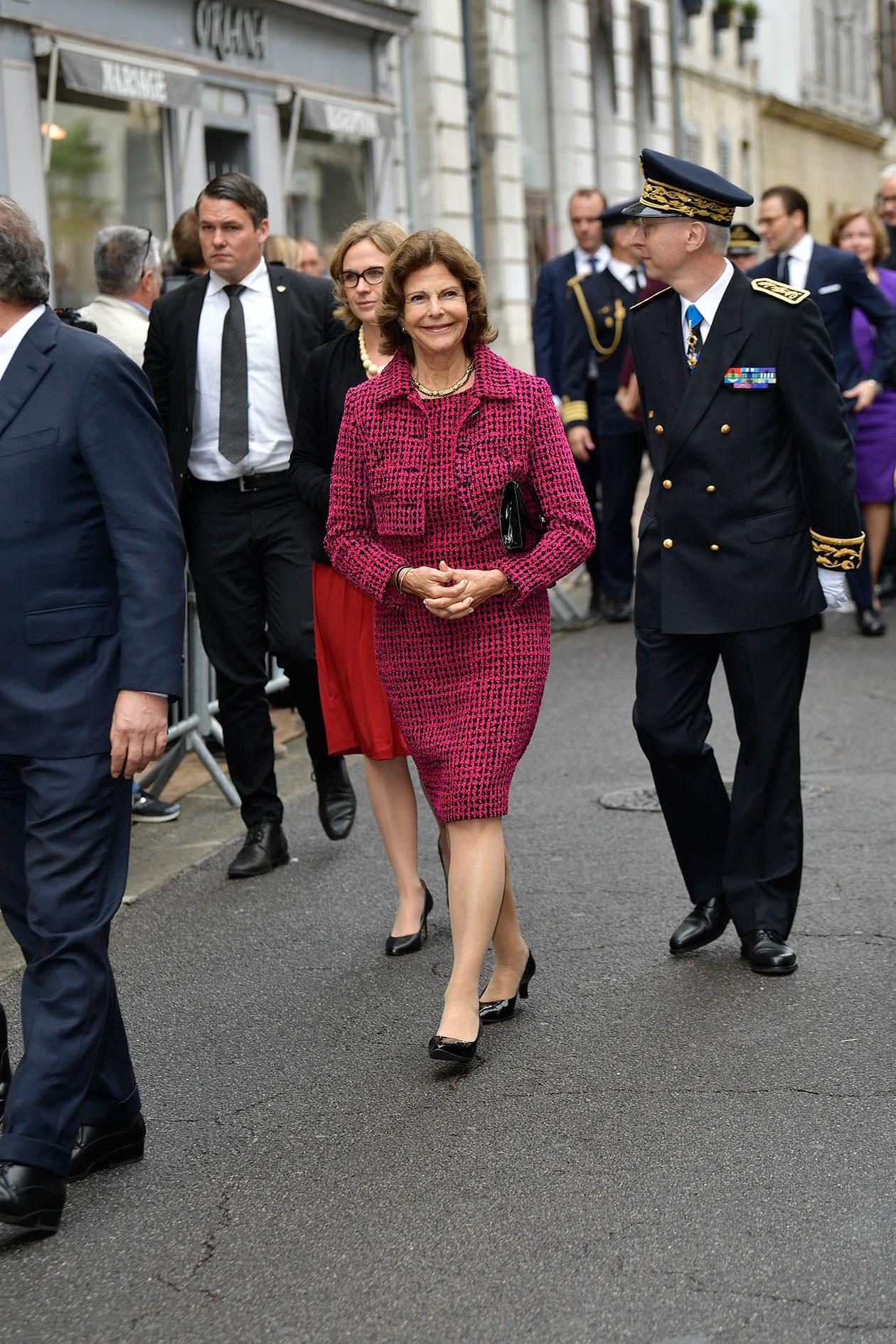 Kungen, drottning Silvia, kronprinsessan Victoria, prins Daniel, Marianne Bernadotte, Pau, Bernadote 200 år