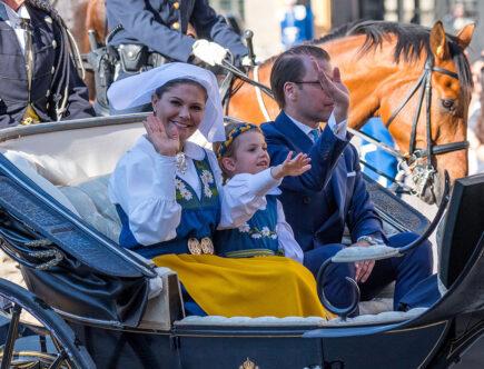 Kronprinsessan Victoria, prins Daniel och prinsessan Estelel